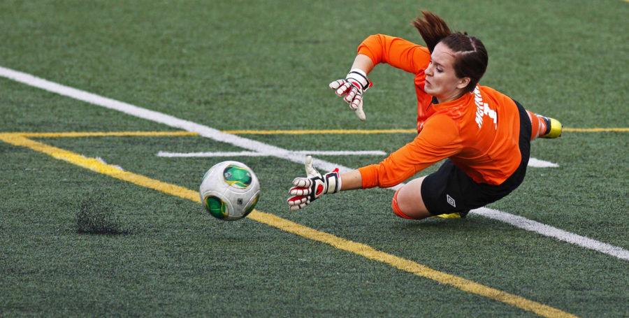 football women goal keeper